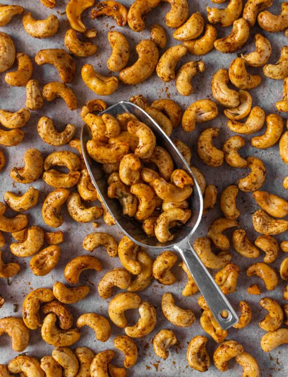 Chipotle Rosemary Roasted Cashews